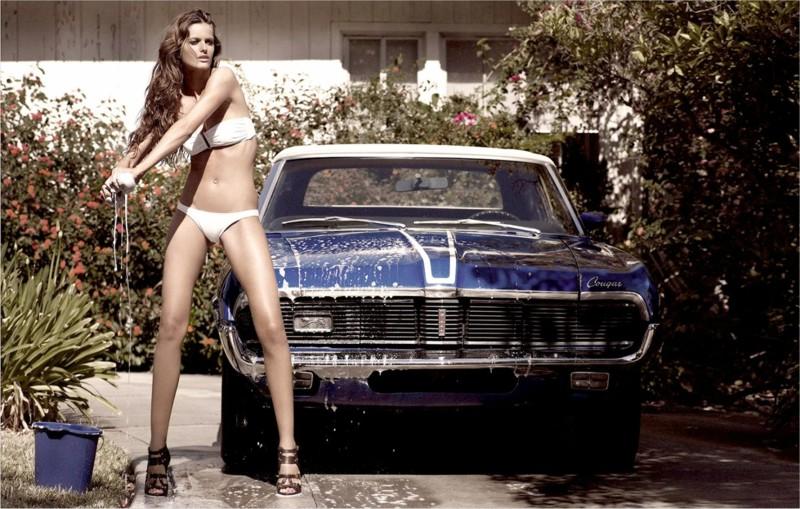Помыла автомобиль